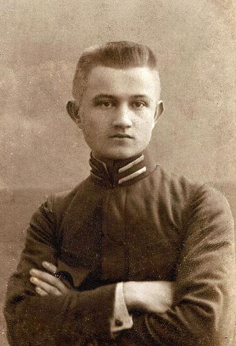 Tarnów ok. 1909 r. – Jan Lizak( 1894-1935), student teologii, później był nauczycielem łaciny i greki w gimnazjum St. Niemca. Fotografia z kolekcji Z. Gzik.