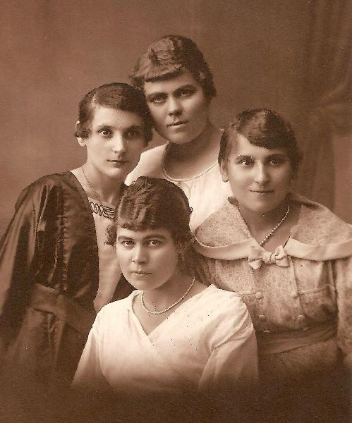 Zdjęcie z ok.1920 r.