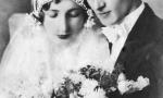 Zdjęcie ślubne Jana Dawida (1908-1966) syna Edwarda Dawida i Walerii z Łęskich i Janiny z Dąbrowskich (1912-1975). Zdjęcie z 1935 r. Fotografia z kolekcji J. Kaszyńskiego.